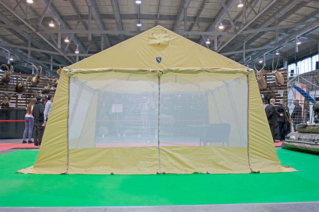 шатер с двускатной крышей
