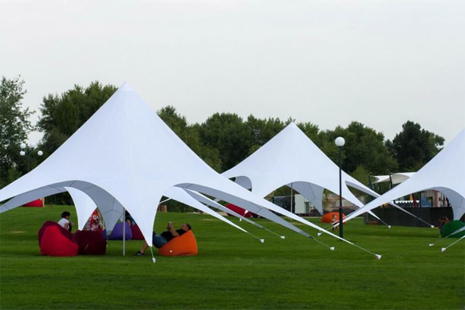 бескаркасный шатер